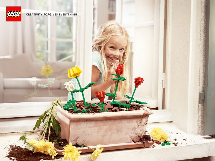 乐高玩具平面广告
